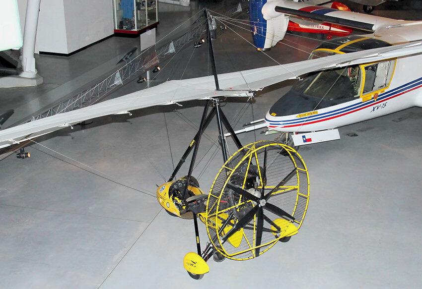cosmos phase ii trike diese ultraleichtflugzeuge ohne ruder steuern durch gewichtsverlagerung. Black Bedroom Furniture Sets. Home Design Ideas