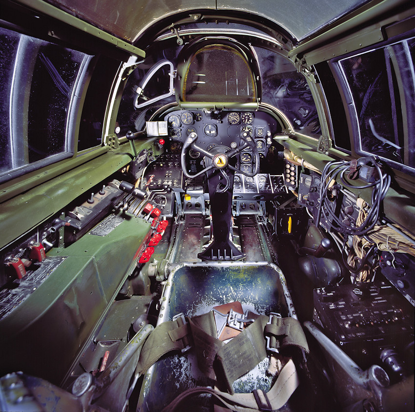 Northrop P-61C Black Widow - Cockpit