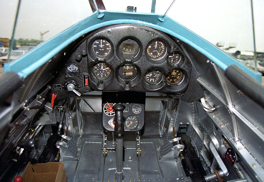 Boeing P-26 Peashooter - Cockpit