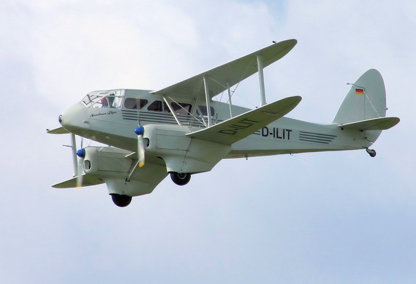 De Havilland DH 89 Flug