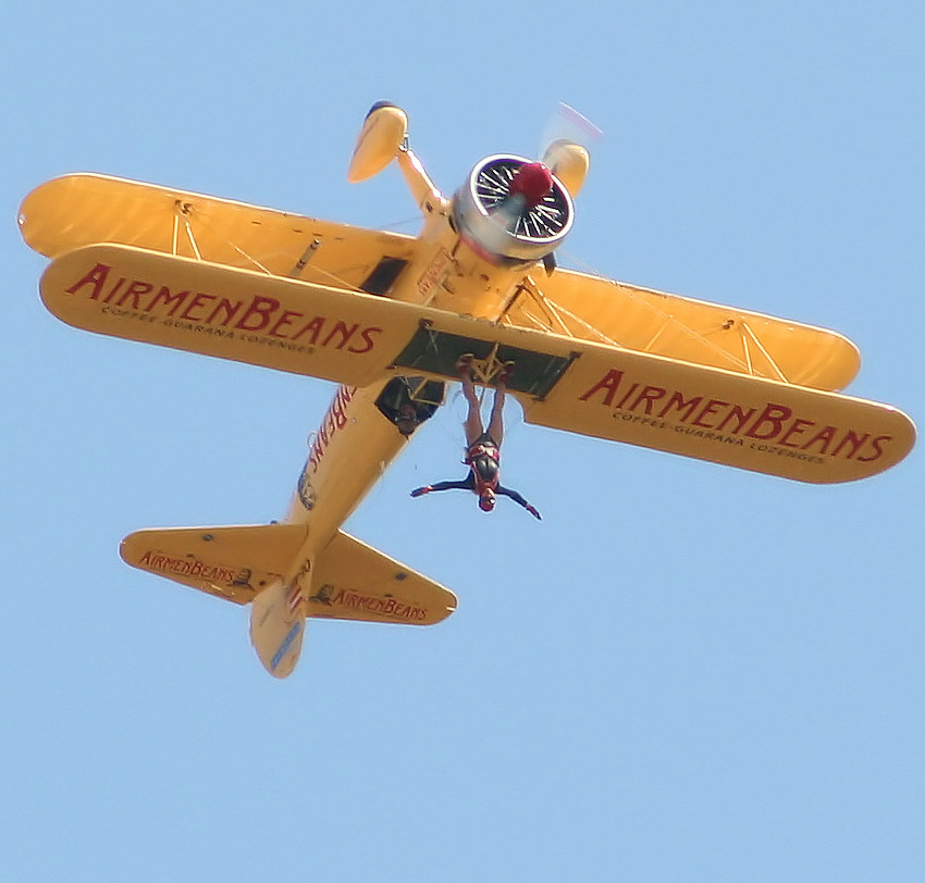 Stearman PT 17 - Looping 2
