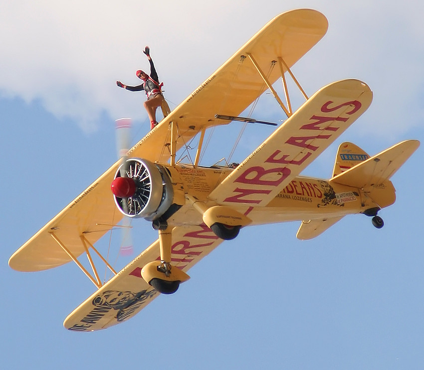 Stearman PT 17 - Wingwalking