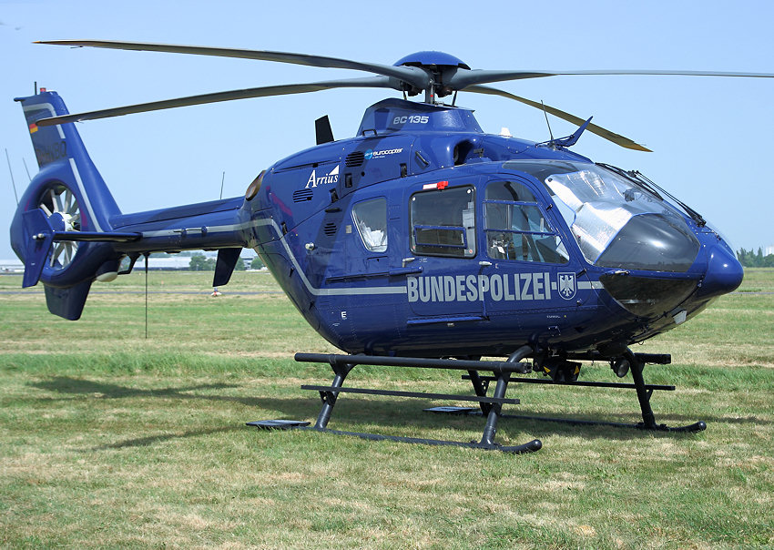 eurocopter ec 135 hubschrauber der bundespolizei. Black Bedroom Furniture Sets. Home Design Ideas