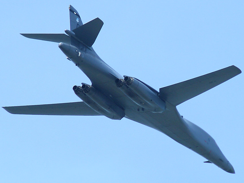 B1 Lancer: schwerer Langstreckenbomber der U.S. Air Force