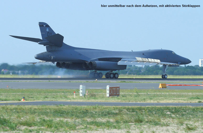 Rockwell B1 Lancer Bone: schwerer Langstreckenbomber der U.S. Air Force