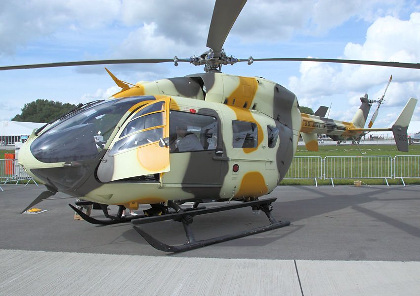 Eurocopter UH-72 Lakota: Light Utility Helicopter (LUH)-Programm der US-Armee (Militärversion des EC 145)