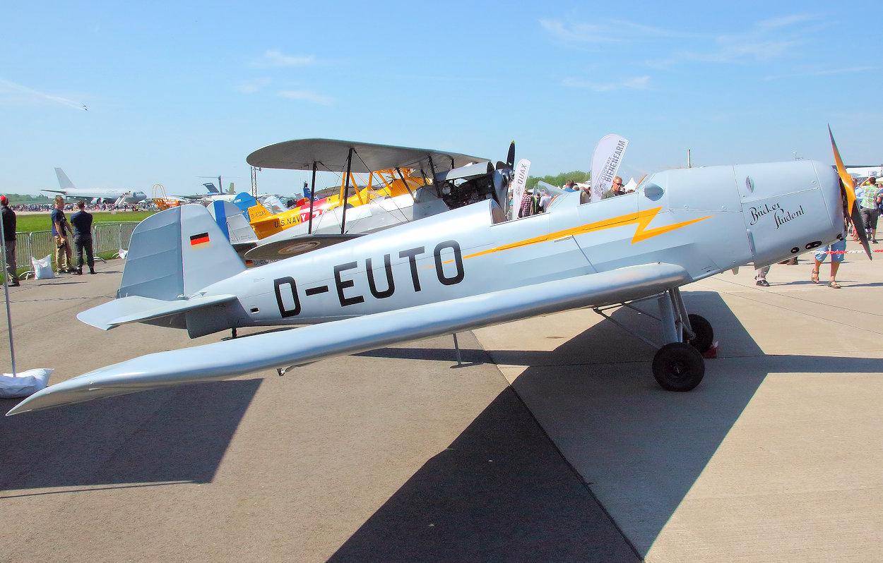 Vereinseigene Flugzeuge - Quax Verein zur Förderung von