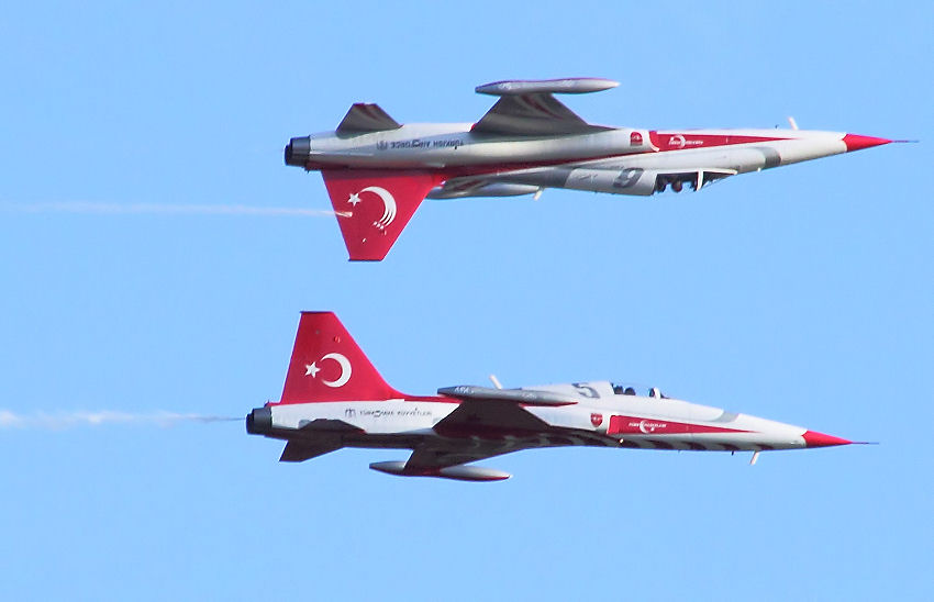 Northrop F-5 Freedom Fighter: Die Turkish Stars sind eine in Konya stationierte türkische Kunstflugstaffel