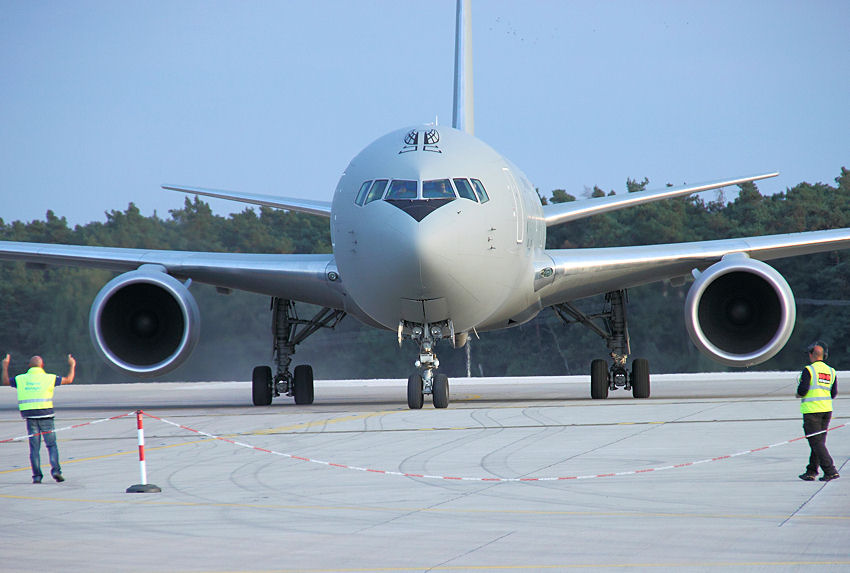 Boeing KC-767A: Tankflugzeug und Truppentransporter der U.S. Air Force (hier: Italian Air Force)