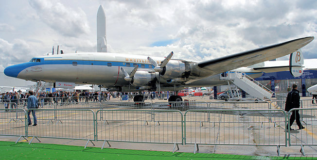 Lockheed L-1049 Super Constellation