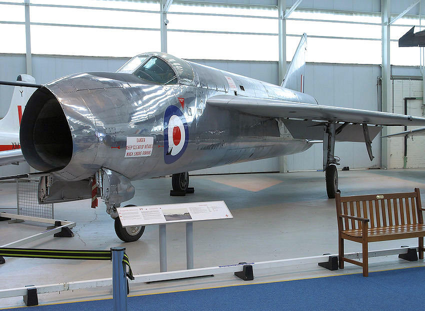 English Electric P1 A: Das Experimentalflugzeug diente als Basis der English Electric Lightning