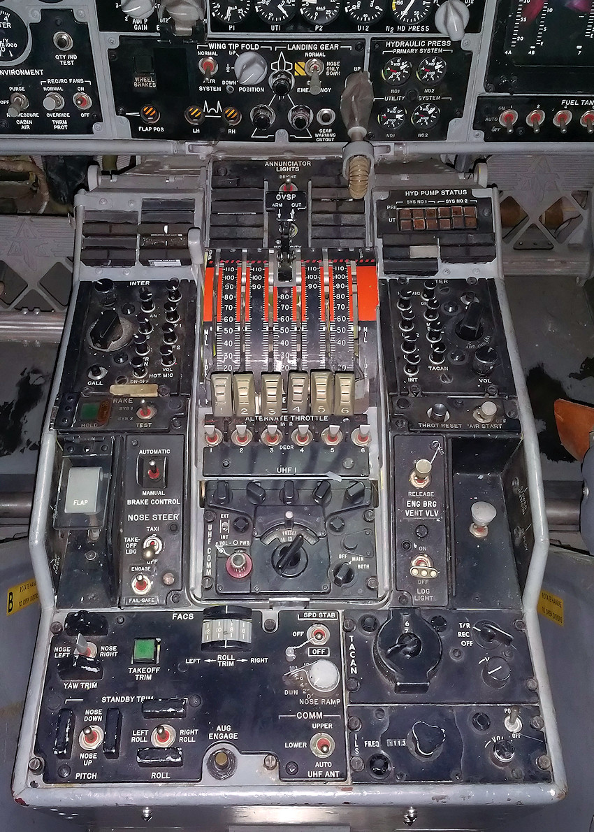 NORTH AMERICAN XB-70 VALKYRIE - Gashebel (throttle control)