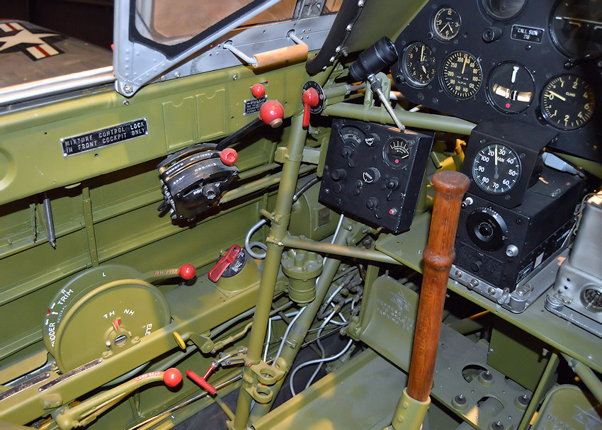 North American T-6D Mosquito - Cockpit Detail